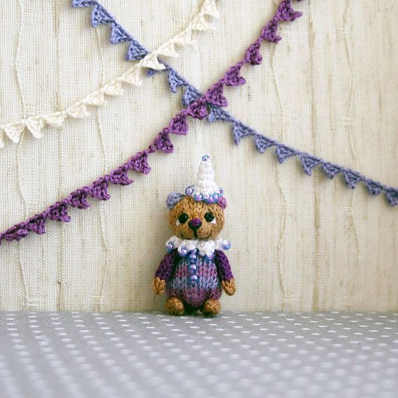 Circus bear mini bear knitted bear knitted mini toy