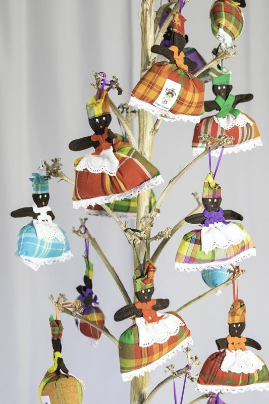 """Lady Quadrille"" musical ornaments"