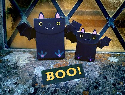 "printable ""Batty"" party favor bags"