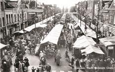 Markt op de Gedempte Gracht, Zaandam