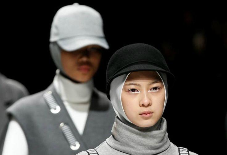 Terkuak, Ini Alasan Model Tak Pernah Senyum saat Fashion Show