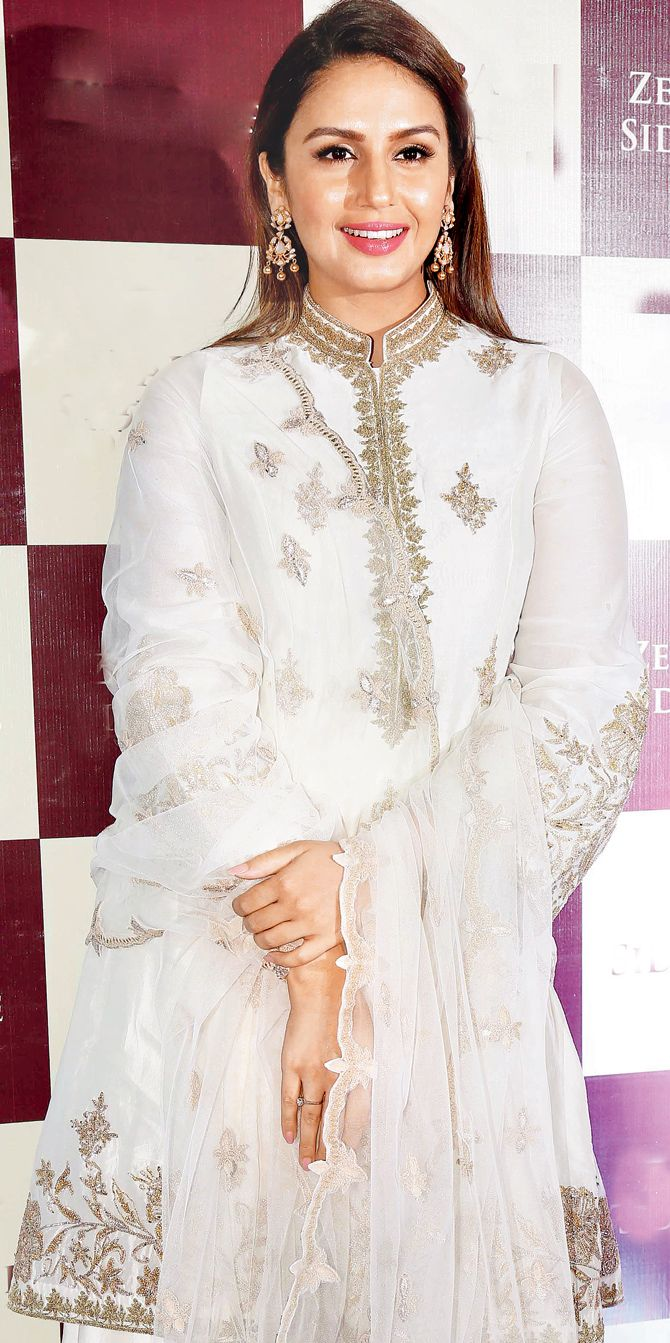 Huma Qureshi at Baba Siddique's iftar party. #Bollywood #Fashion #Style #Beauty #Hot #Ethnic #Desi