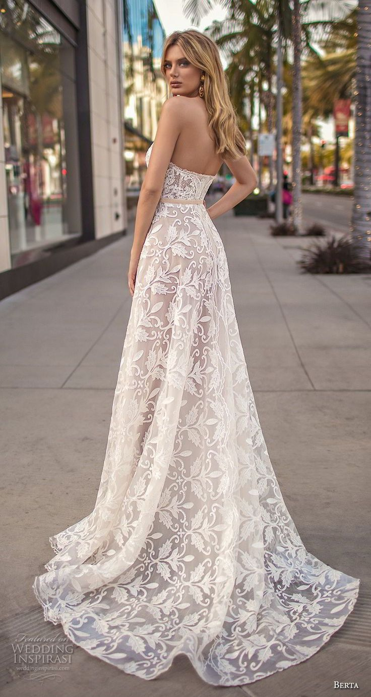 289 best Brautkleider images on Pinterest | Wedding outfits, Bridal ...