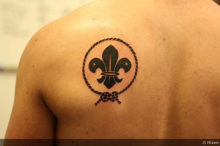 Flor De Lis Tattoo By Erick Bail N Tattoos Pinterest