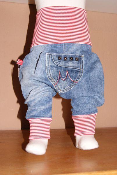 ★ Pumphose ★ Pumphose/Haremshose Diese Hose ist einfach super... Sie ist perfekt für jeden Entwicklungsschritt ob zum robben, krabbeln oder l...