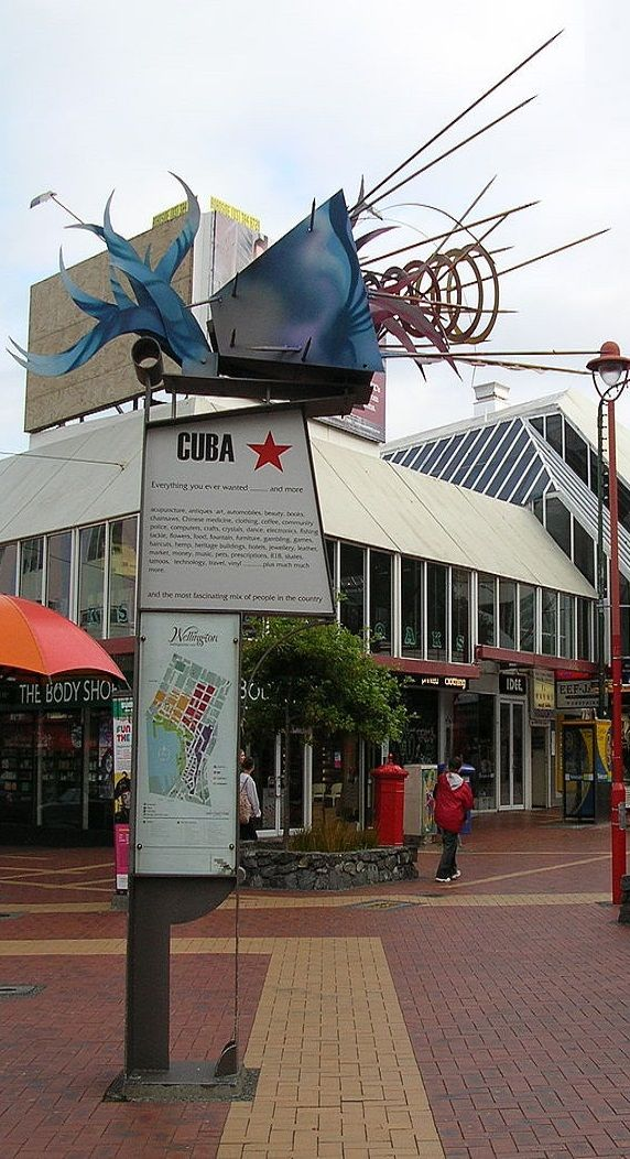 Many restaurants, bars and cafés are located along, or near, Cuba Street - Wellington - NZ