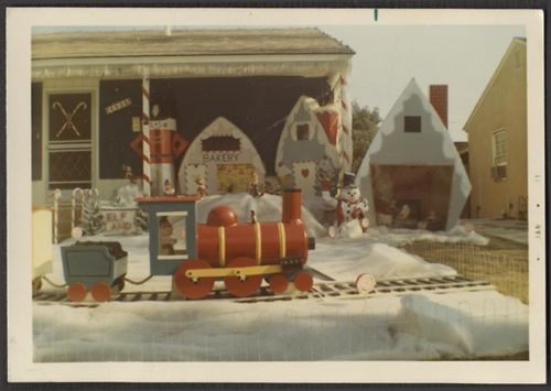 Toy-toys Shop Old Color Photo Christmas Decorations Home Sweet Home