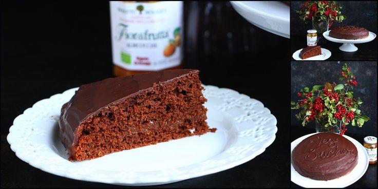 La Sacher torte, un gioiello della pasticceria austriaca... un'endovenosa di cioccolato, una bomba di energie, sì, ma stavolta sono tutte calorie sane...