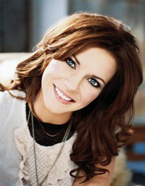 Martina McBride is SO pretty