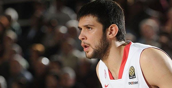 Kostas Papanikolaou comes to Barca - Basketball