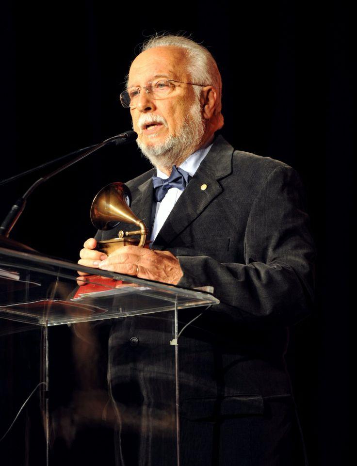 Roberto MenescalBossa Nova, Latin Grammy, Grammy Awards, Especiales 2013, Roberto Menesc, 14Th Annual, Premios Especiales, Music Bossa, Annual Latin