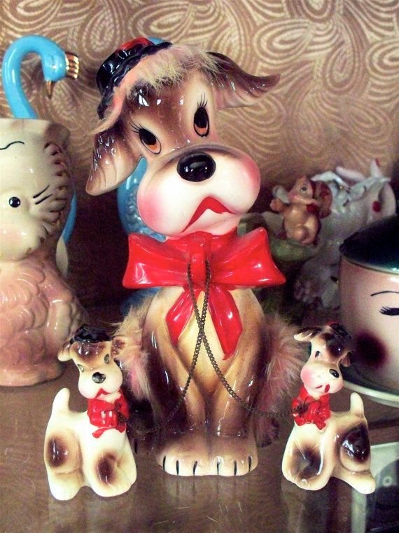 Kitsch Large Mama Puppy Dog with Fur and  two Chained Baby Puppies Figurines Trio Set