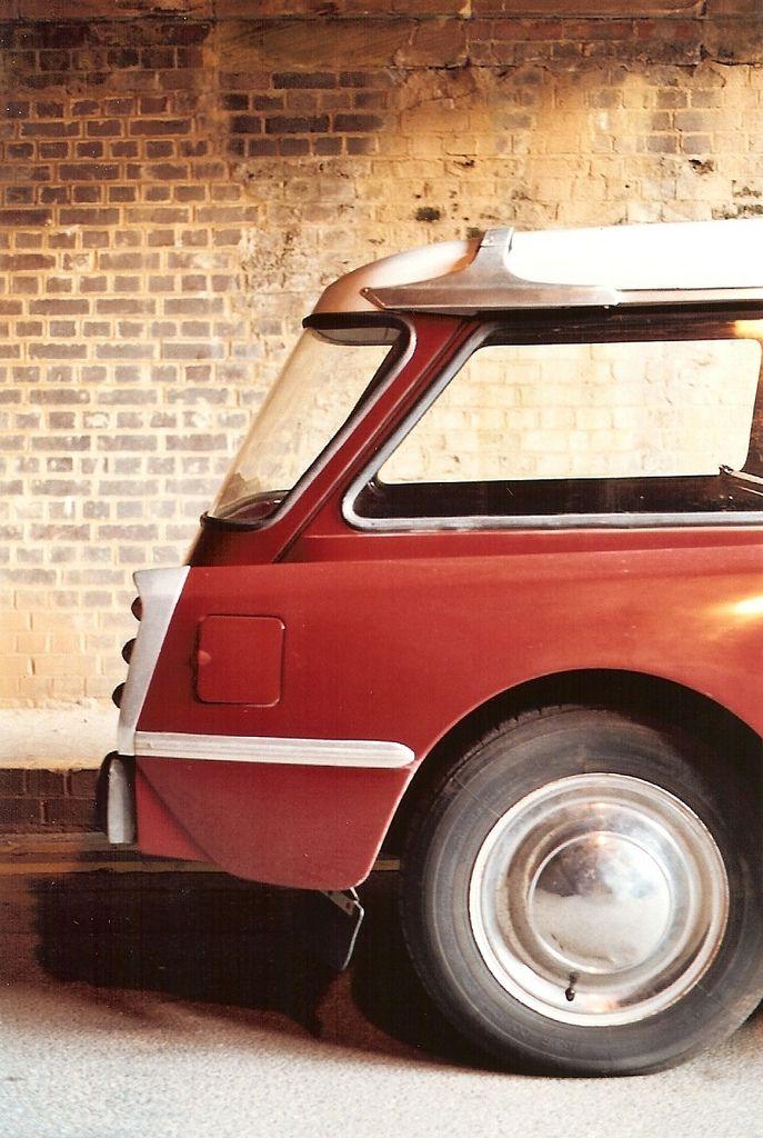 1000 images about citroen ds on pinterest citroen ds d and pedal cars. Black Bedroom Furniture Sets. Home Design Ideas