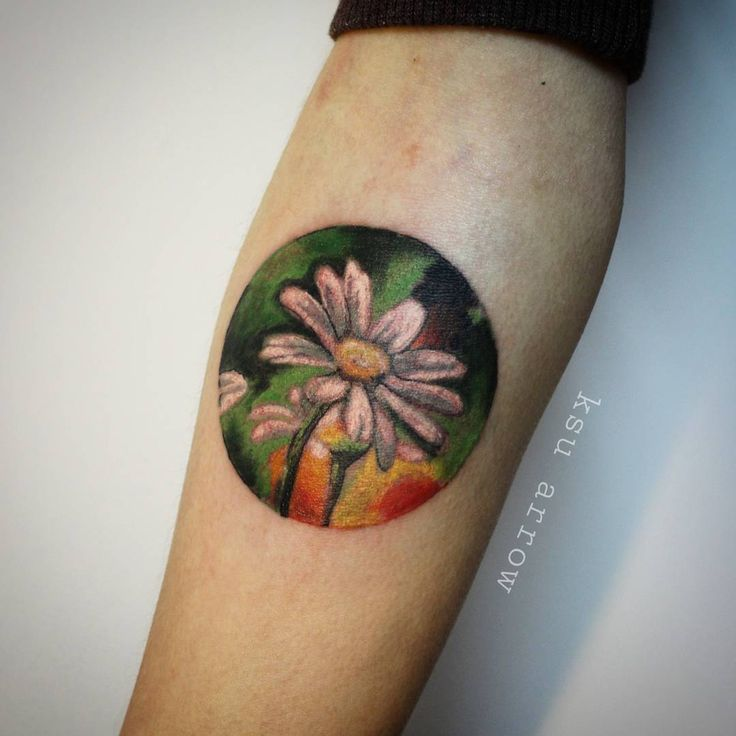 #tattoo #ink #charmomile #flower #ksuarrow #rtats #flowertattoo #тату