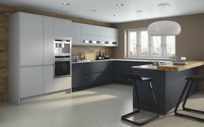 Moderne Küche in U-Form – Kochkomfort inmitten von modernen Designs