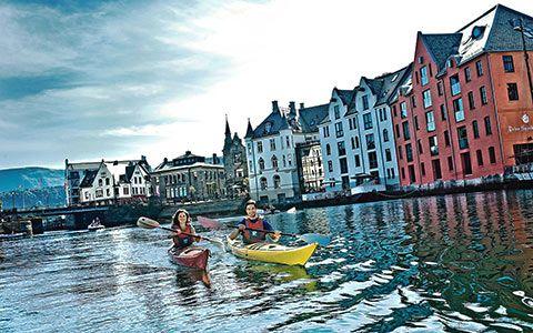 Dit is een van de mooiste steden van Europa Alesund