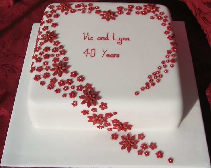 A Heart Of Ruby Flowers For Wedding Cake AnniversaryAnniversary Ideas40th
