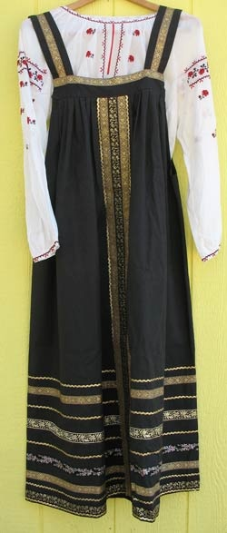 Google Image Result for http://www.therussianshop.com/russhop/clothing/v0099s.jpg