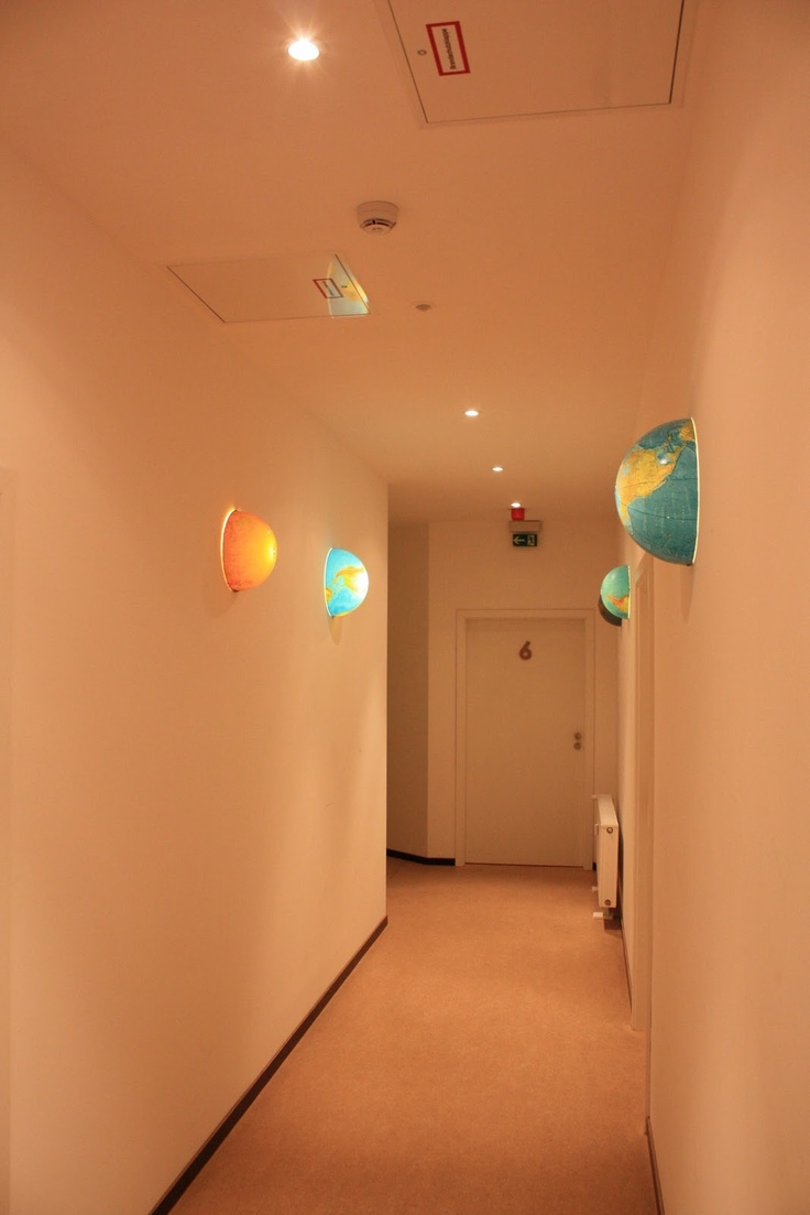 Die Idee Zu Der Globus Lampe Haben Wir Aus Berlin Mitgebracht Flur Den Zimmern Im Httenpalast War Mit Diesen Tollen Lampen Beleuch