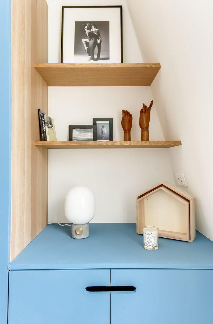 Architectes d'intérieurs, Dressing  Porte, poignées encastrées bois bleu
