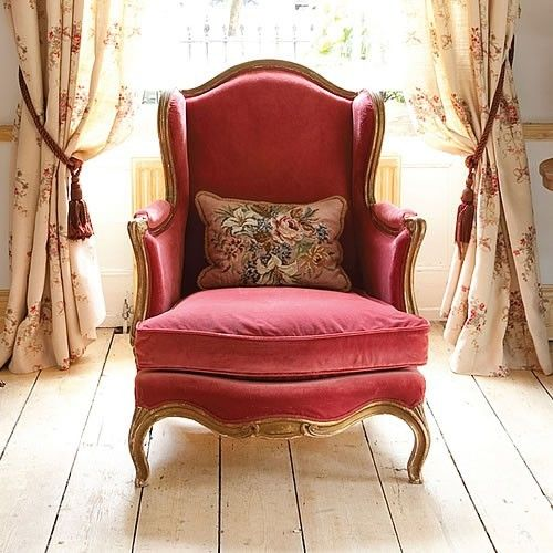 Ivy Clad: Perfect English wing chair