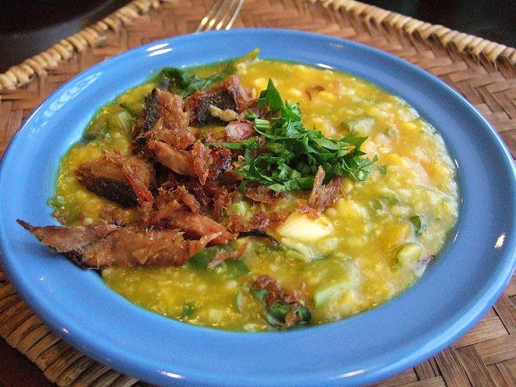 The famous Tinotuan or Manado Porridge