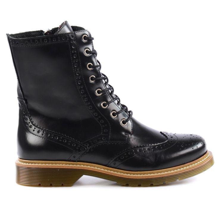 Black brogue lace-up boots - Zwarte brogue veterlaarzen