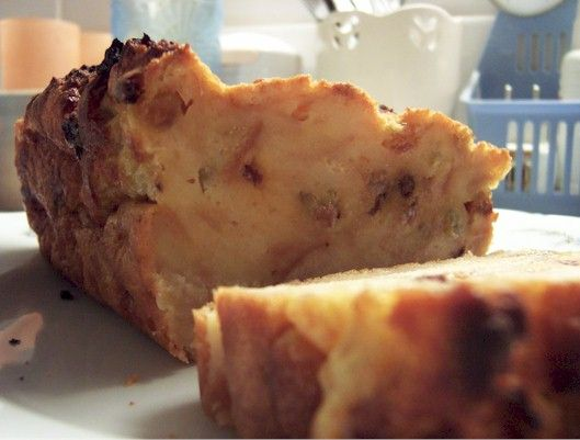 Bodding bruxellois (bread pudding) | recette here: http://mitsu.canalblog.com/archives/2006/05/26/1920893.html and here: http://www.belgourmet.be/fr/recettes_belges/pudding_bruxellois.php
