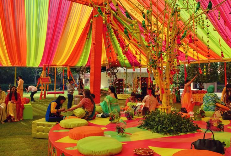 Where and How much to spend on Mehendi Decor Props? - Frugal2Fab
