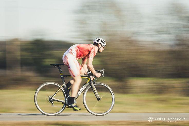 https://flic.kr/p/RNnDue | speed cycling | Photo by Jordi Carruana model: Arnau M. cycling kit: muscleskinsuit.com