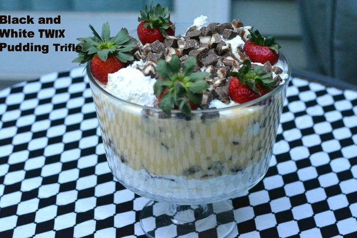 A delicious Black and White TWIX Pudding Trifle Recipe! Easy to make for all your summer outings! #EatMoreBites #CollectiveBias #shop