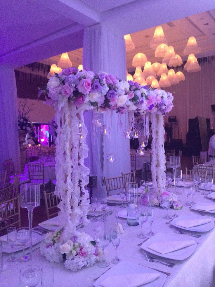 25 best ideas about arreglos para quince a os on - Arreglos de flores para bodas ...