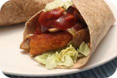 Op dit eetdagboek kookblog : Ingrediënten: 3 kipschnitzels, 1 ui, 250 gram champignons, 5 eetlepels tomatenketchup, 1 eetlepel azijn, 1 eetlepel ketjap manis, 1 eetlepel chilisaus, 6 m