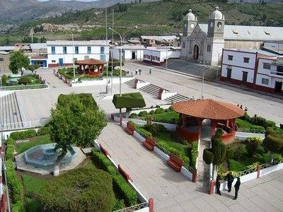 Plaza Principal. Tarata, Tacna, Perú