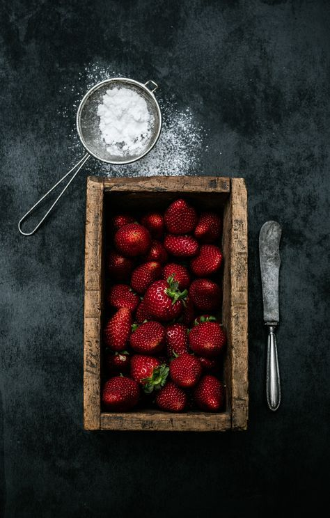 Food photography and fine arts photography.