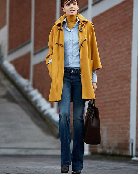 Brit most wanted! Get the look: coat PROVOLA, shirt PUCCI, turtleneck BAOBAB, jeans IDRANTe, bag BRACCO.