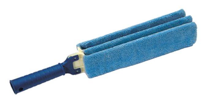 MICROMANINA  Scovolo sottilissimo a tre dita in microfibra per termosifoni, persiane, veneziane e punti inacessibili. Utilizzabile asciutta per spolverare e umida con sapone per lavare.  Dimensioni: 25cm