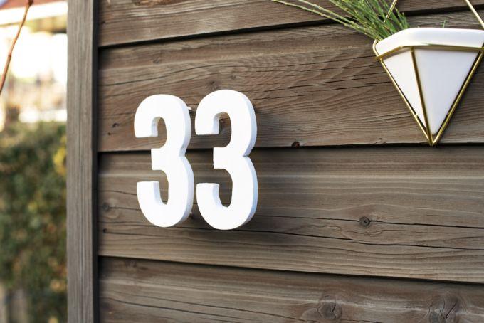 20 beste idee n over huisnummers op pinterest adres for Huisnummerbord maken