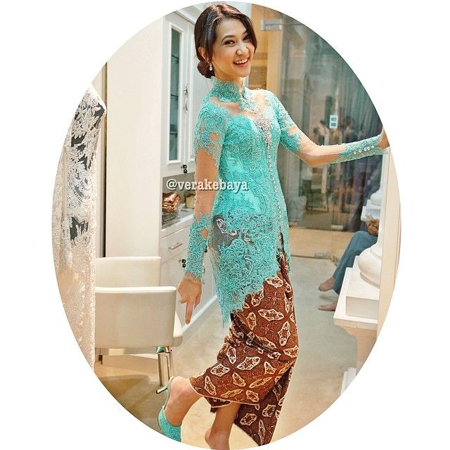 #fitting #kebaya #batik #lace #beads #verakebaya  - @Vera Anggraini- #webstagram