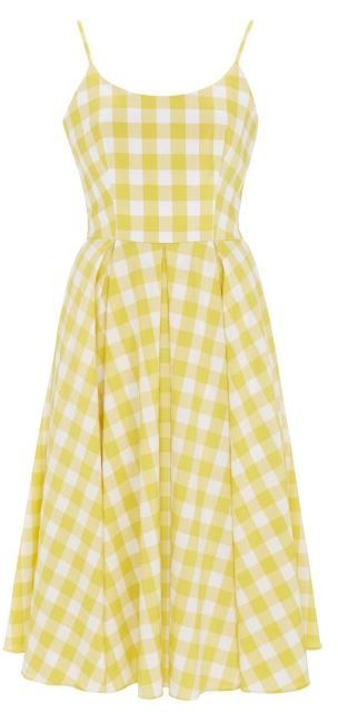 A simple. Feminine and flattering design. Sweet gingham dress from the pretty dress co.