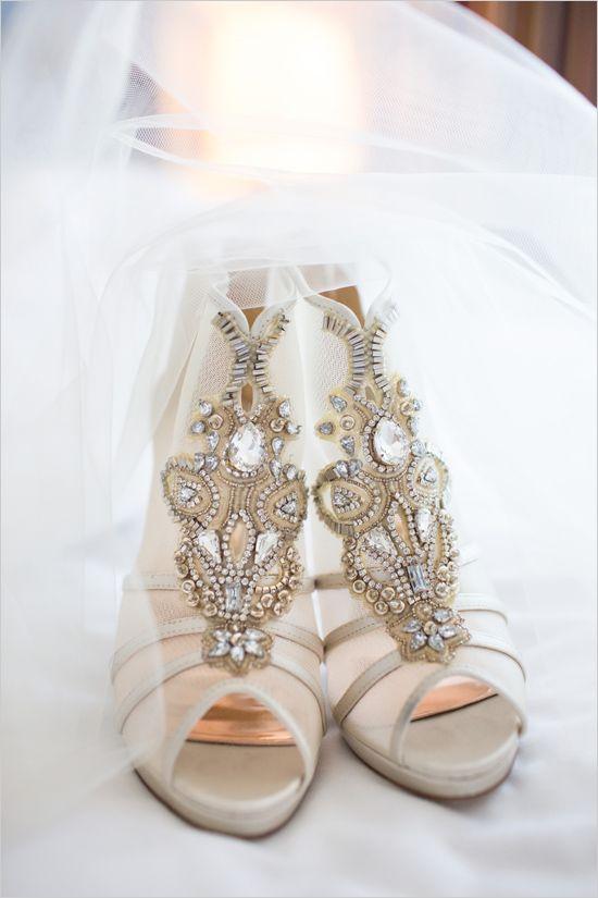 fancy beaded wedding shoes @weddingchicks