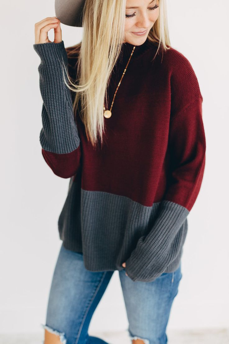 Mock Neck Sweater in Burgundy | ROOLEE