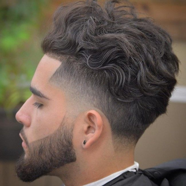 Undercut pour cheveux bouclés