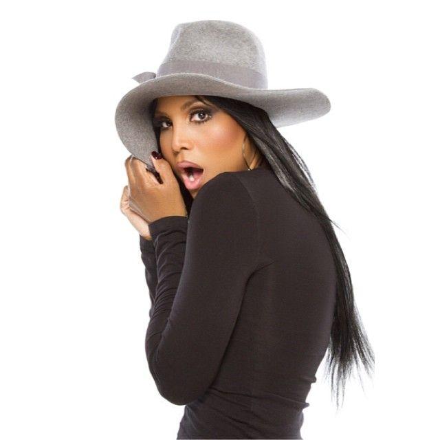 Toni Braxton. #pop #R&B http://www.pinterest.com/TheHitman14/musician-pop-rbdance-%2B/