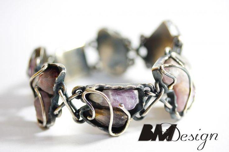 Srebrna bransoleta z ametystami Projekt i wykonanie BM Design.  Rzeszów #ametyst #srebro #Rzeszów#platyna  #sygnet #obrączki #obrączkiślubne #diamenty #pierścionekzaręczynowy #jubiler #złotnik #naprawa #nazamówienie