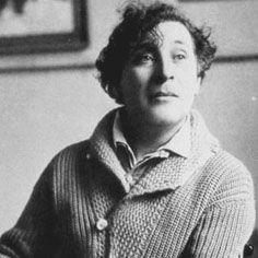 Marc Chagall (Vitebsk, 7 luglio 1887 – Saint-Paul-de-Vence, 28 marzo 1985) è stato un pittore russo naturalizzato francese, di origine ebraica.