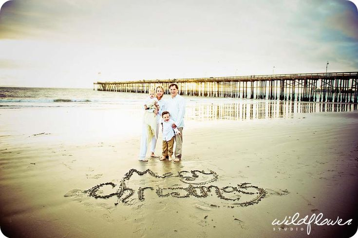 Wildflower Studio Photography by Shell Dransart See more here: http://www.wildflowerstudiophoto.com/blog https://www.facebook.com/WildflowerStudio Holiday Photo Ideas, Christmas, Beach photos, Family Photos, San Diego Photographer, Ventura County Photographer