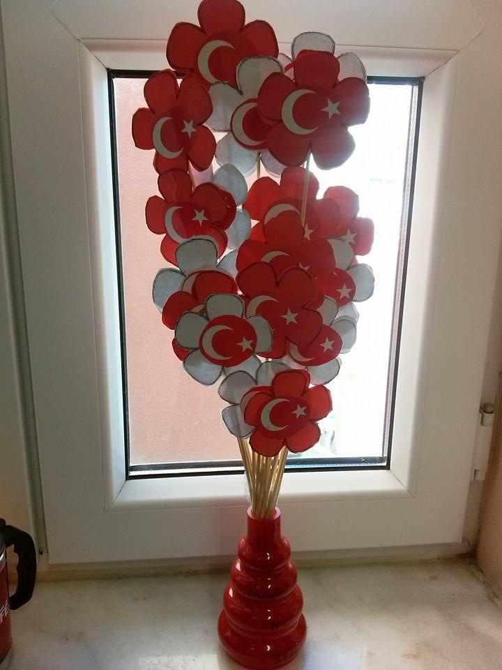 cumhuriyet bayramı için öğrencilerimin çaşlışması Cumhuriyet çiçekleri
