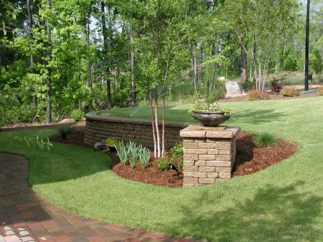 how to build a low stone retaining wall