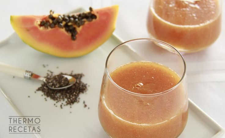 Zumo natural de papaya y coco - http://www.thermorecetas.com/zumo-natural-de-papaya-y-coco/